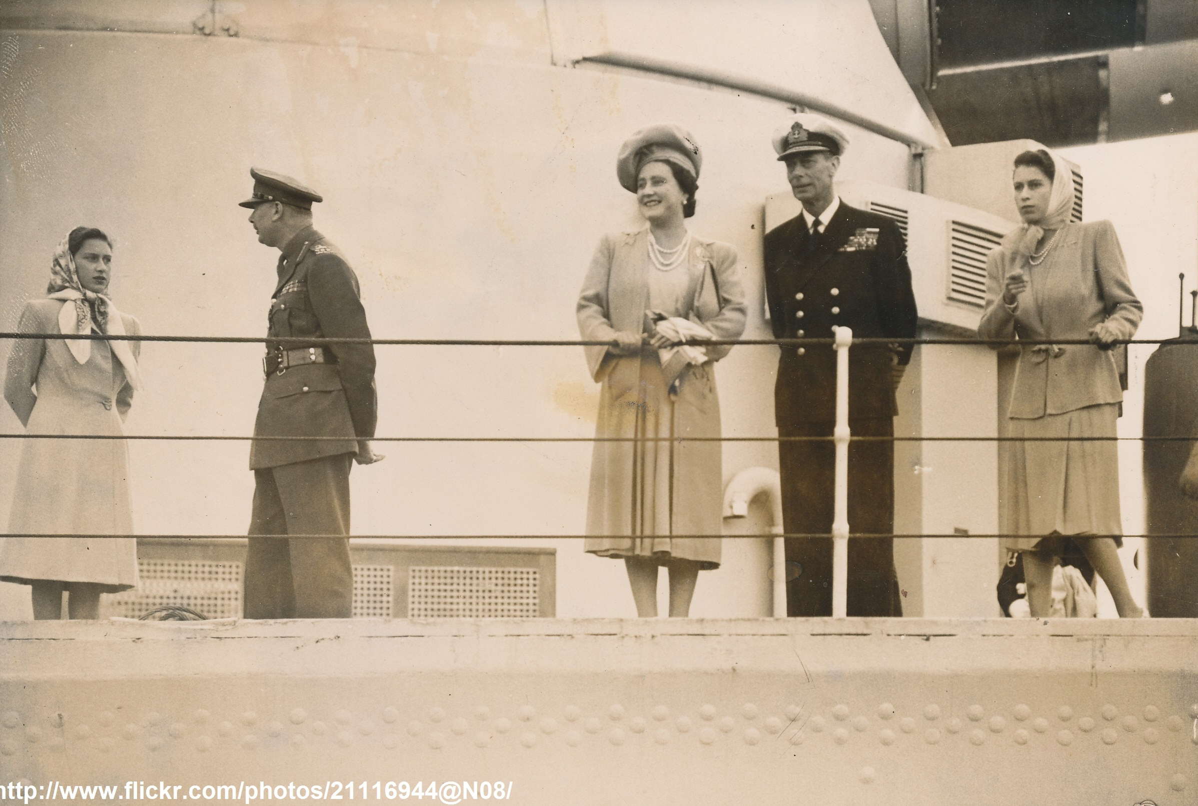 May 11 1947 H.M.S.Vanguard with Royal Family on the crew arrives at Portsmouth from South Africa.jpg