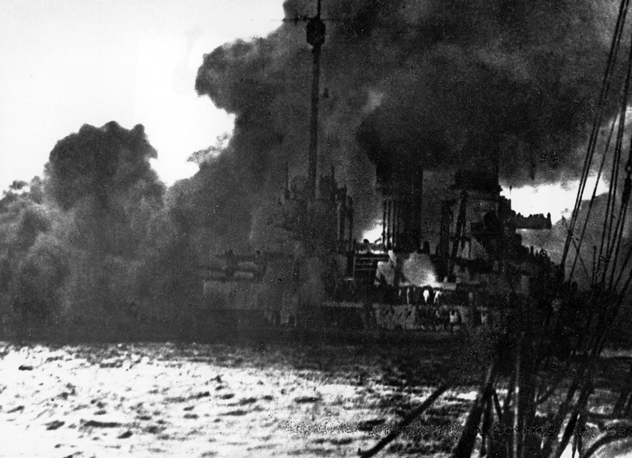 a report on the account of the first world war and the submarine warfare Before world war 1, trench warfare was mostly used during the civil war however, with the wide use of artillery and new inventions like machine guns, trench warfare became a very important factor during world war 1.